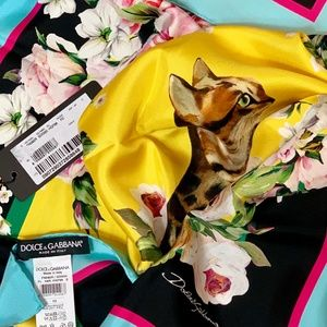 Dolce & Gabbana Accessories - NWT DOLCE & GABBANA Bengal Cat & Butterfly Scarf